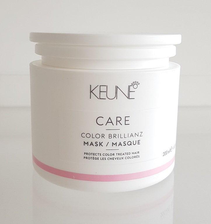 Kaukė dažytų plaukų apsaugai Keune Care Color Brillianz